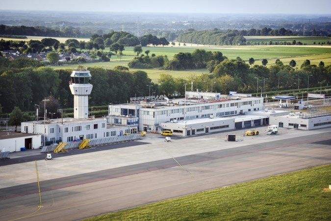 Openblijven of sluiten? Provinciale Staten stellen voortbestaan luchthaven Maastricht Aachen Airport ter discussie