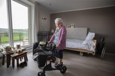 Ouderen 'op vakantie' in Epen en Mechelen tijdens de verbouwing van hun zorgcentrum in Schinveld