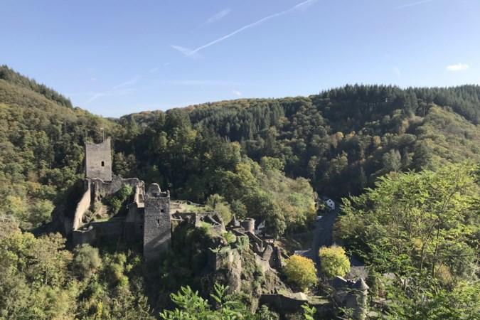 Wandelen in de Vulkaneifel waar de middeleeuwen tot leven komen