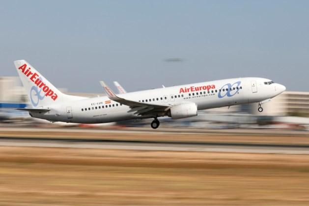 Piloot liet kapingscode aan stagiair zien, Air Europa neemt hem niets kwalijk
