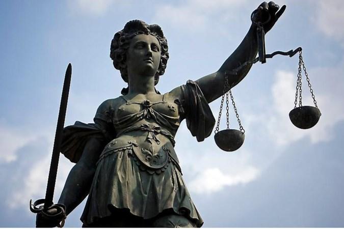 Celstraf van 3,5 jaar geëist na zinloos geweld tegen bejaarde vrouw in Roermond
