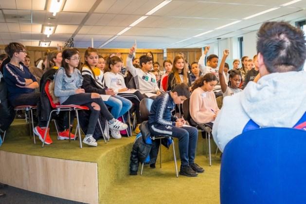 Heerlense leerlingen zijn voor één dag journalist bij De Limburger in Sittard