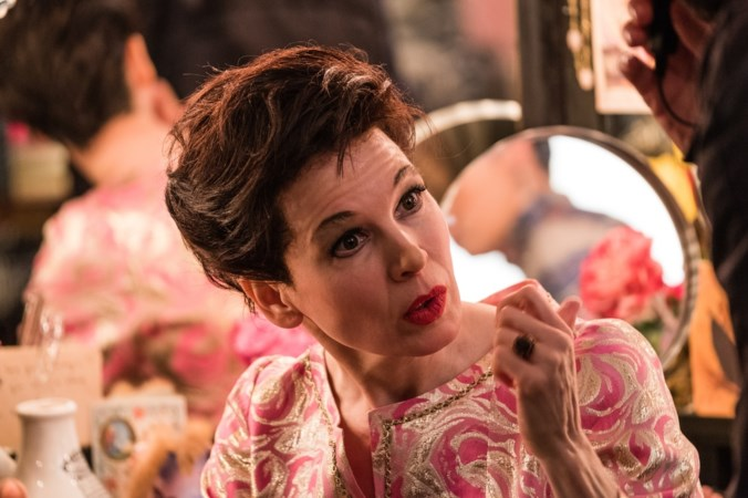 Renée Zellweger speelt de rol van haar leven: 'Judy Garland laat mij niet los'