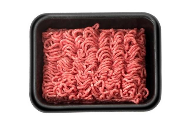 AH haalt vlees uit de winkels vanwege salmonella