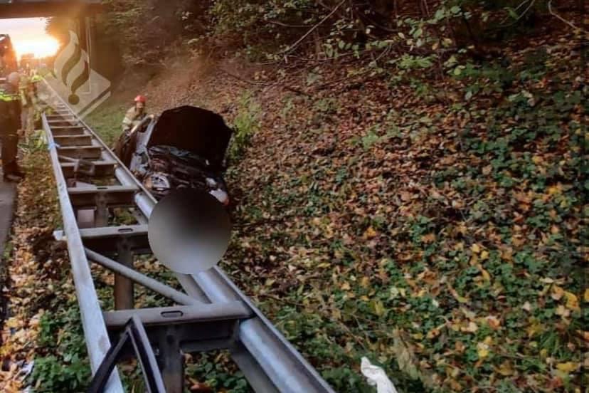 Filmers ongeval A76 bij Geleen krijgen bon van 249 euro - De Limburger