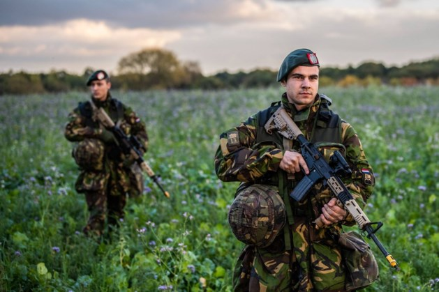Militaire oefening in Heythuysen