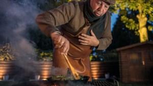 Zomer of winter, zon of regen, Pascal uit Jabeek barbecuet het hele jaar door