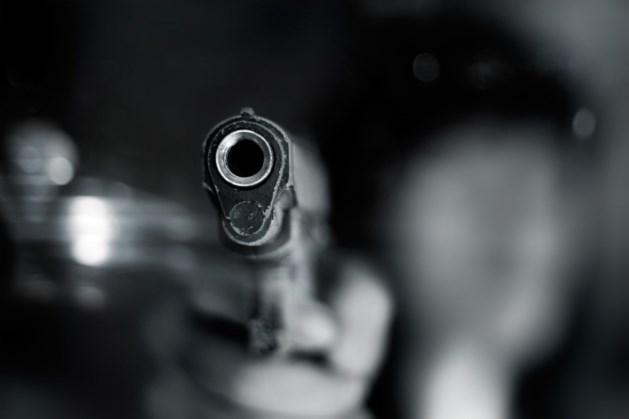Rus opent vuur op klasgenoten in schoollokaal
