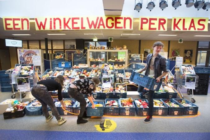 Inzameling voor voedselbank: 'We deden het al jaren zo, dus nu ook'