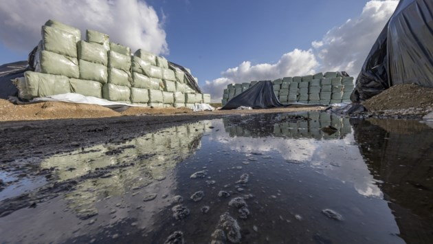 Ondernemers Schutterspark Brunssum in gesprek met Statenleden vanwege plastic afval