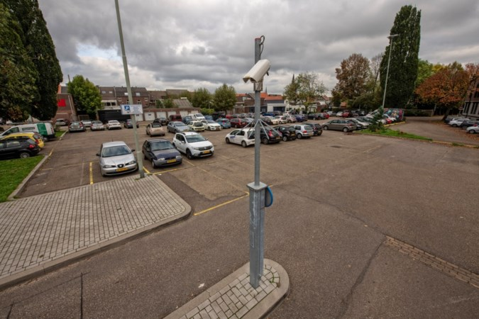 Parkeerautomaten in Sittard gesaboteerd met purschuim