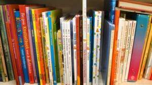Vijfde Bibliotheek op School in Beek in de pijpleiding