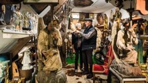 Het museumpje van Mies Gerads ligt verstopt boven een koeienstal in Weert