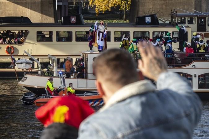 'Lekkage' in de Maas bij intocht Maastricht: Sinterklaas, geef eens gaas!