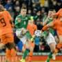 Nederland plaatst zich voor EK voetbal na moeizaam gelijkspel bij Noord-Ierland