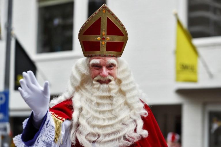 Politie pakt Pegida-voorman op bij intocht Sint in Apeldoorn