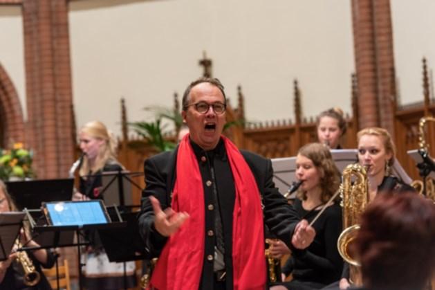 Staande ovatie als beloning voor ArtEz/HKU Saxophone Orchestra in de kapel