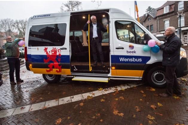 Beek neemt tweede Wensbus in gebruik