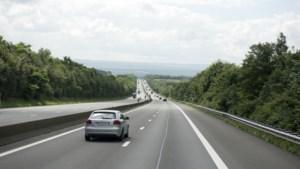 Snelheid omlaag? België wil hogere minimumsnelheid op snelweg