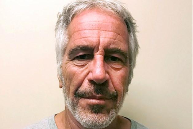 Twee bewakers gearresteerd na zelfmoord Jeffrey Epstein