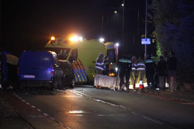 Een gewonde bij ongeval met twee auto's in Schinnen
