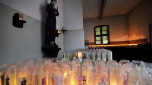 Paters klooster Wittem verkopen kerken en kapellen aan projectontwikkelaar en huren ze daarna terug