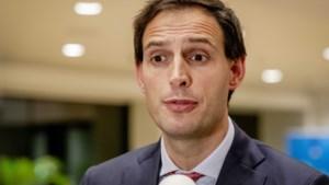 Hoekstra in verweer tegen EU-kritiek over 'te zuinig beleid' in Nederland