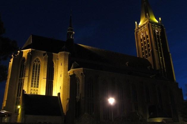 Kerken Venray, Blitterswijck en Leunen kleuren rood voor vrijheid van godsdienst
