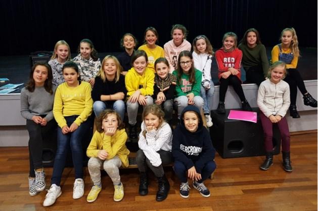 Musical Kids Heythuysen speelt kerstvoorstelling Scrooge