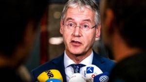 'Minister Slob stelt beslissing over Songfestival uit'