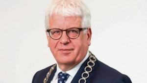 Elf kandidaten willen burgemeester Cox van Sittard-Geleen opvolgen