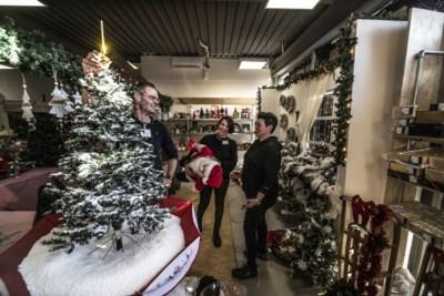 Grote kerstmarkt bij Het Goed in Sittard: tweedehands kerst is een hot item