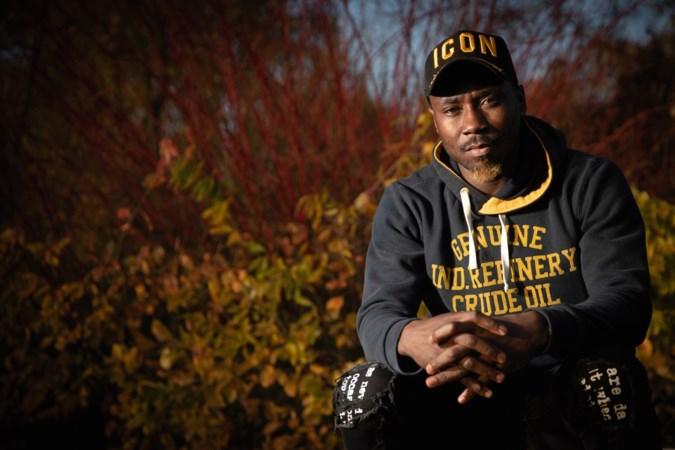 Placide Avouzoa Njoh, voetballer bij Wilhelmina in Weert: 'Ik kreeg het gevoel dat ik geen mens ben'