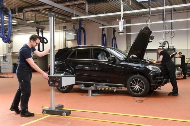 Mercedes-Benz roept auto's terug wegens mogelijk gevaarlijke gespen