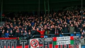 NEC-spandoek mag stadion niet in: woord 'zwart' mogelijk aanstootgevend