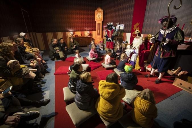 Steeds meer kinderen krijgen wijze tips van de Sint in Weert: 'Neem de schoen van je papa, daar past meer in'