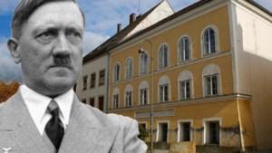 Buurman Hitlers geboortehuis: 'Soms zie ik 'bruine' toeristen snel hun rechterarm strekken'