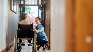Kwart van mensen die aan baan in zorg beginnen, vertrekt binnen jaar weer