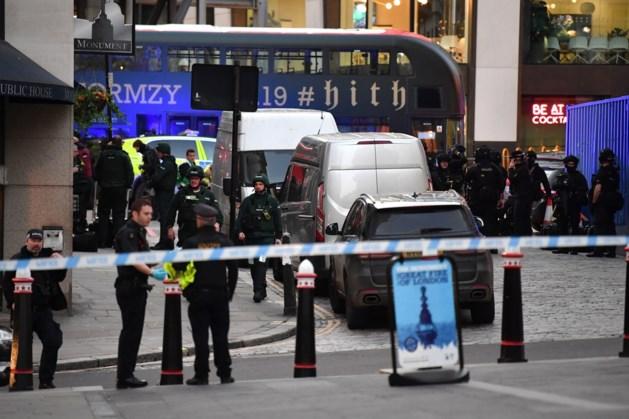 Twee voorbijgangers dood door terreur Londen