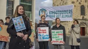 Foto's: Jong en oud grijpen Black Friday aan voor klimaatactie in Heerlen
