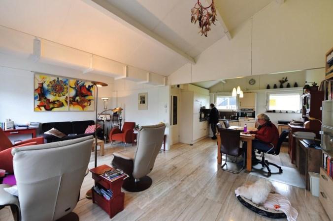 Lekker wonen in een lelijk huis: 'Van buiten zie je niet hoe mooi het binnen is'