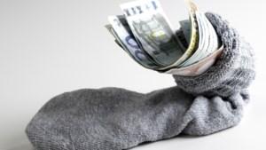 Eindejaarstips om te besparen: schaf de e-auto nu nog aan en sluit nog snel uw hypotheek over