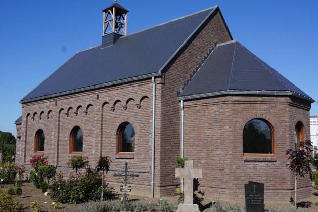 Muziek in kapel van Openluchtmuseum De Locht