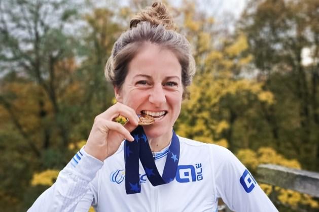 Claessen pakt zilver op WK veldrijden voor masters