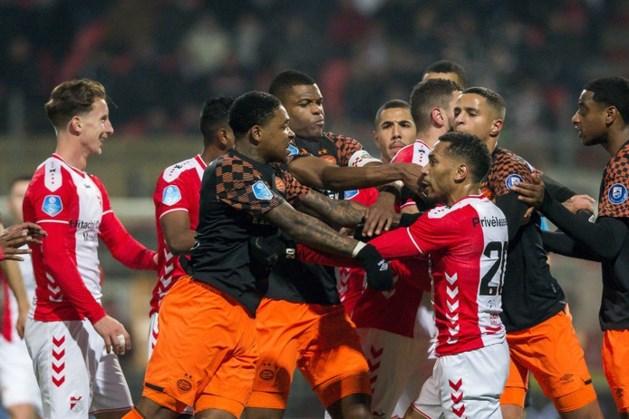 Gefrustreerd PSV blijft met vorm worstelen en loopt ook in Emmen averij op