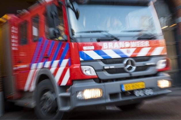 Brandweer rukt uit voor rokende magnetron azc Echt