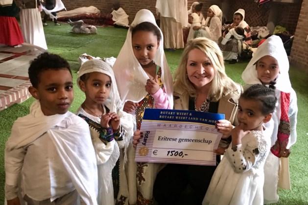 Rotary Club Land van Horne en Rotary Club Weert: cheque voor Eritrese Gemeenschap