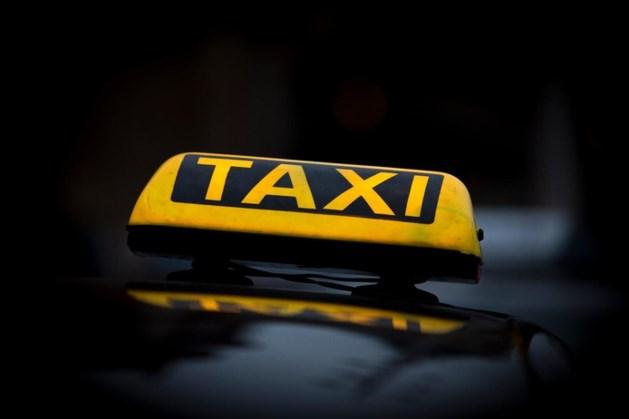 Straf voor taxiondernemer met verouderde software
