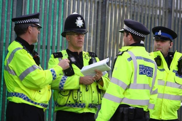 Klopjacht op bestuurder na dodelijk 'horrorongeluk' Engelse scholieren: 'Iedereen is in shock'