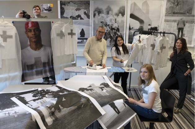 215 portretten als eerbetoon van Limburgse jongeren aan gesneuvelde jonge Amerikaanse soldaten